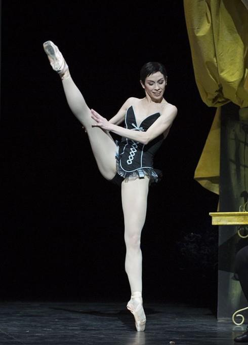 Eléonora Abbagnato, Opéra national de Paris ©Julien Benhamou