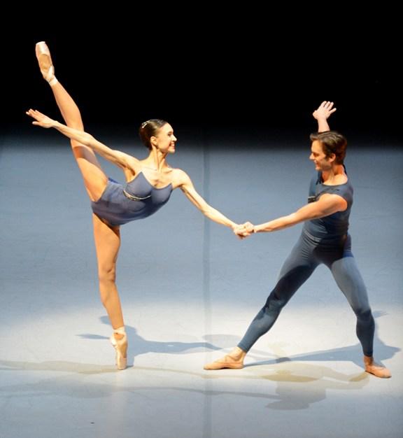 Rocío Aleman and Filip Barankiewicz © Stuttgarter Ballett