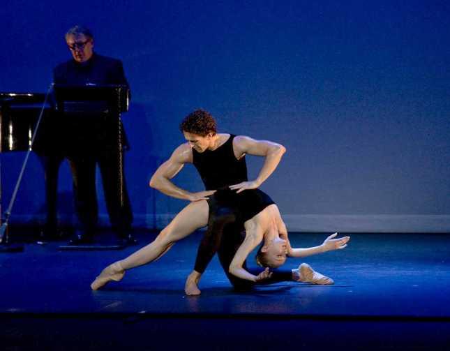 © Roger Barcham/ Ballet.co