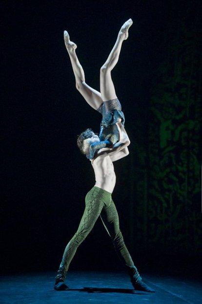"Yekaterina Duganova and Marat Shemiunov, ""Duende"", Mikhailovsky Ballet / © Nikolay Krusser"