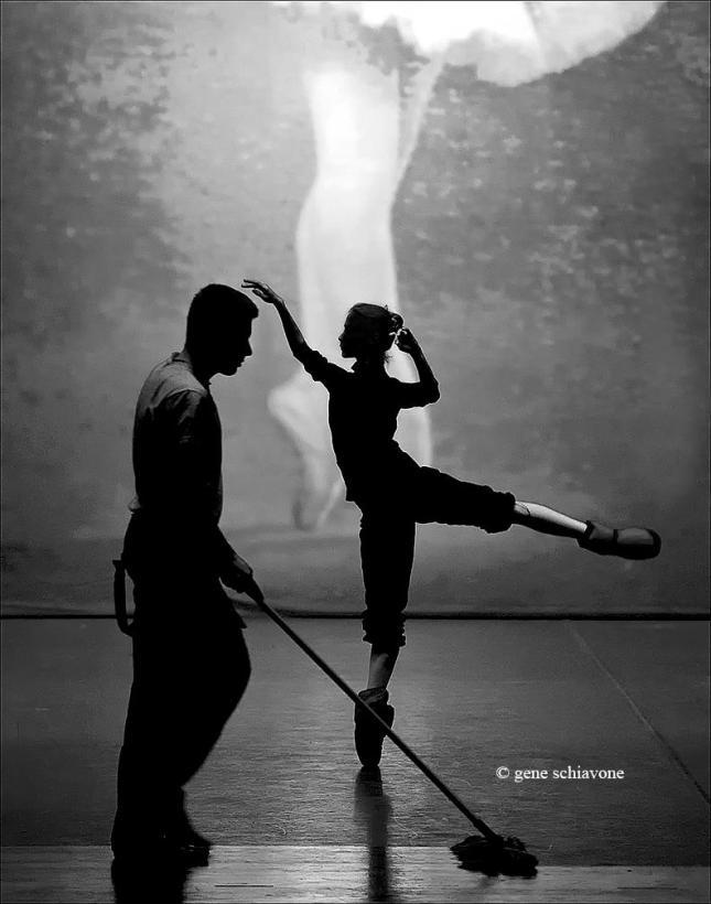 © Gene Schiavone