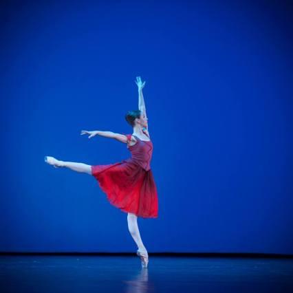 Kristina Kretova, «Triangle» © Mark Olich