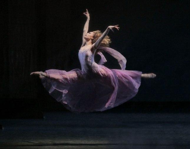 © Paul Kolnik-Dance Tabs