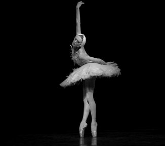 Ulyana Lopatkina, «The Dying Swan» - © Nikolay Krusser