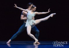 Larissa Lezhnina and Casey Herd - © Stas Levshin