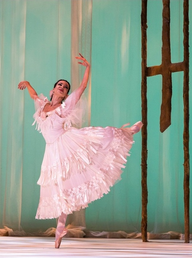 "Diana Vishneva as ""Marguerite"" - © Foteini Christofilopoulou / Dance Tabs"
