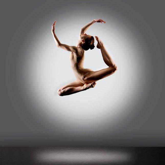 Naked dance Nude Photos 33