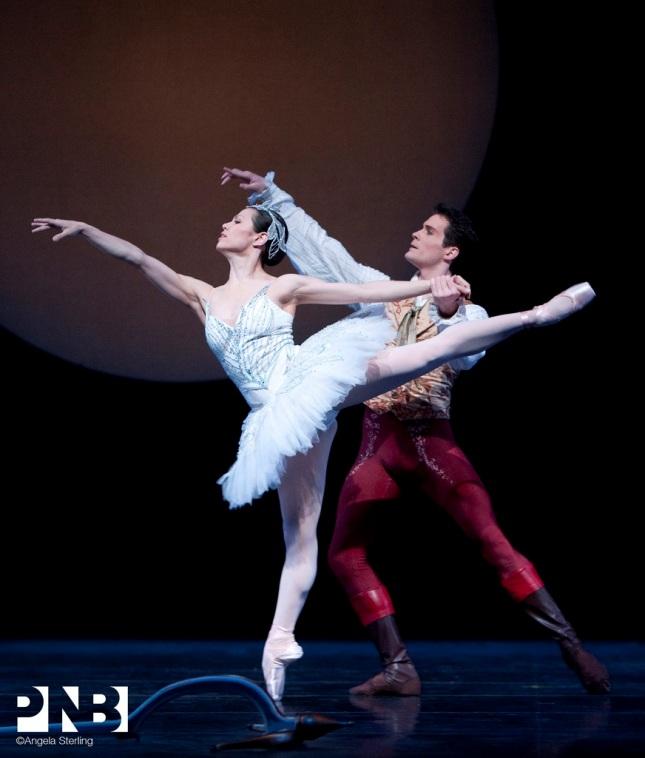 Mara Vinson and Seth Orza - © Angela Sterling