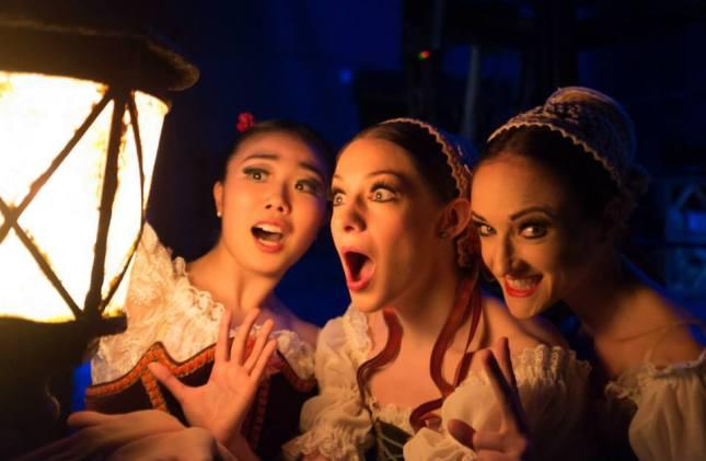 "Shiori Kase, Laurretta Summerscales and Adela Ramírez, ""Coppelia"" - © Arnaud Stephenson"