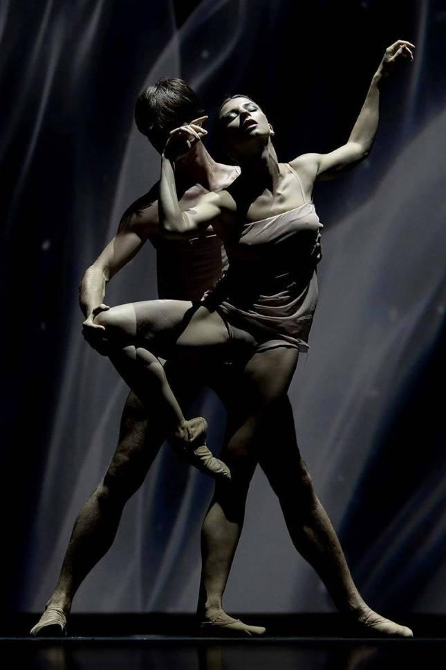Anna Tikhomirova and Artem Ovcharenko (2)