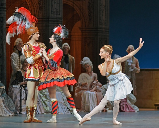Anna Tikhomirova, Diana Kosyreva and Artem Ovcharenko - © Dave Morgan/Dance Tabs