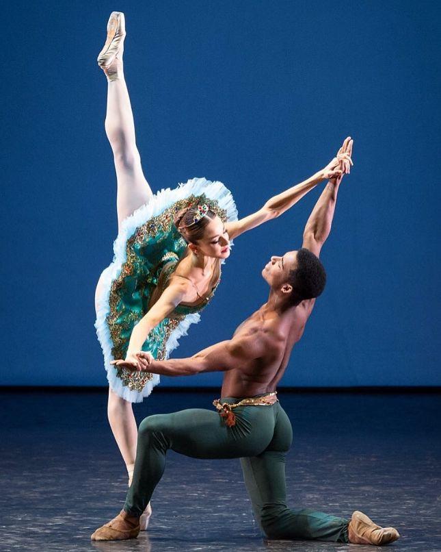 Nicoletta Manni and Osiel Gouneo